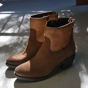 Brown Western-style Alpe Boots - Size 36